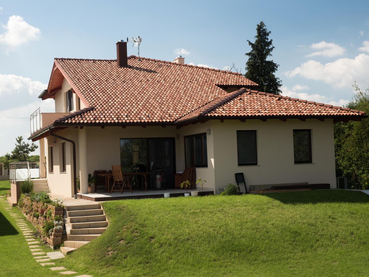 Členitá strecha – Viacfarebná krytina