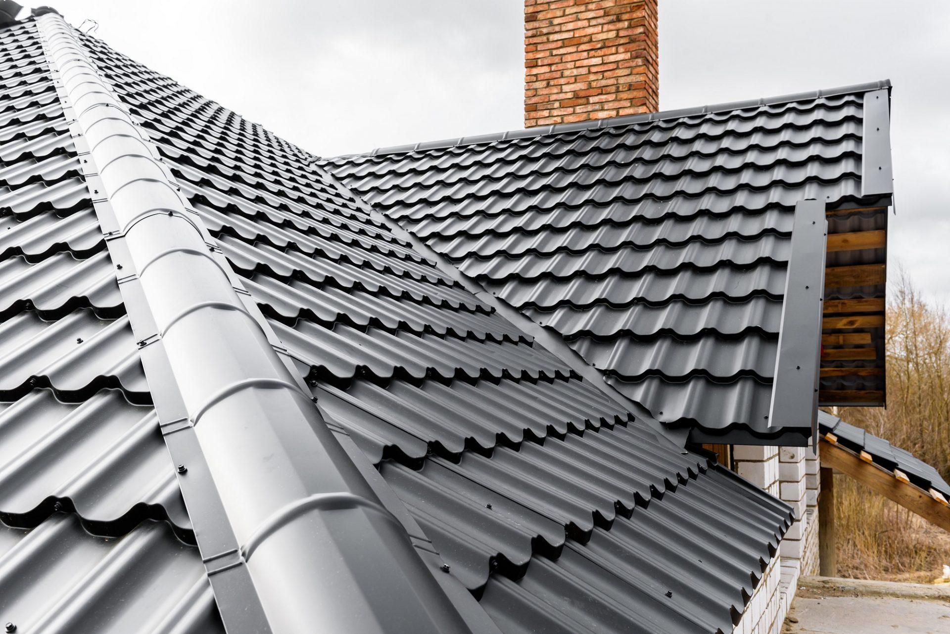 Výhody anevýhody plechovej strechy