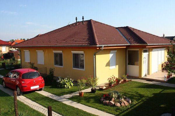 Valbová strecha – Bordová krytina