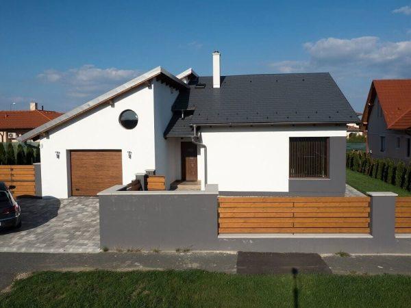 Pultová strecha – Uhľovo-čierna krytina