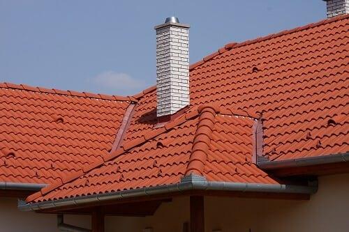 Stresna-krytina-strecha-komin-skridla