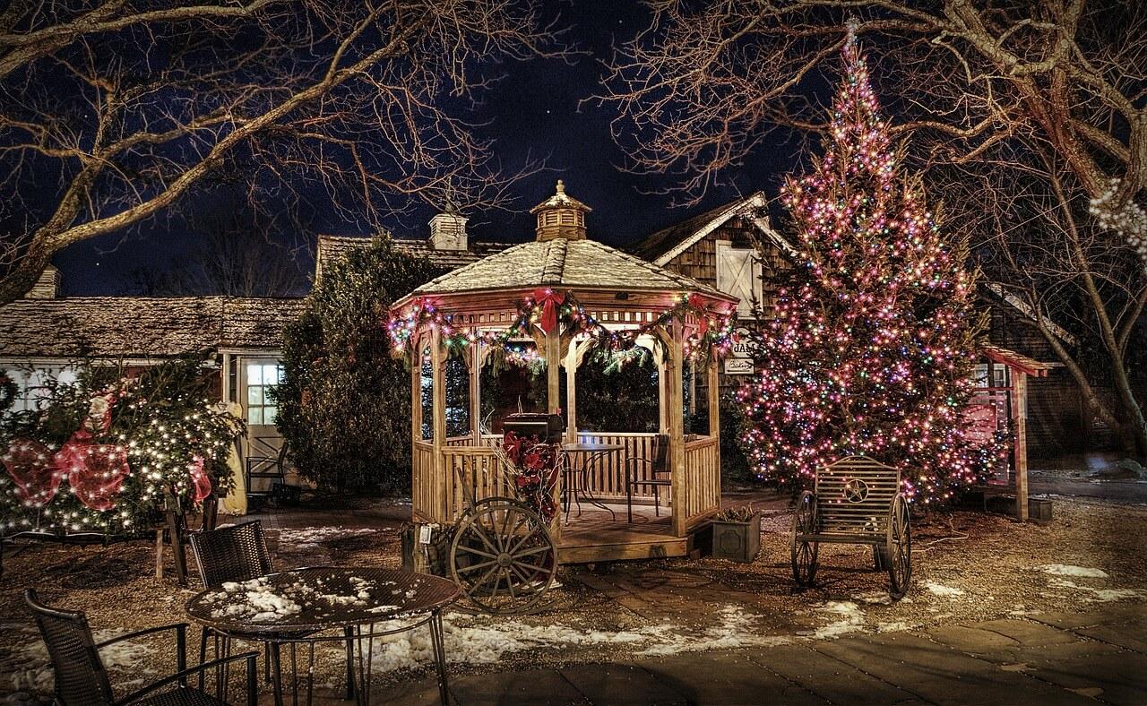 Vianočná výzdoba vonku