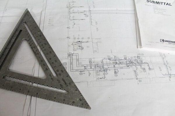 kontrola-projektu-strechy-technicky-vykres-pravitko