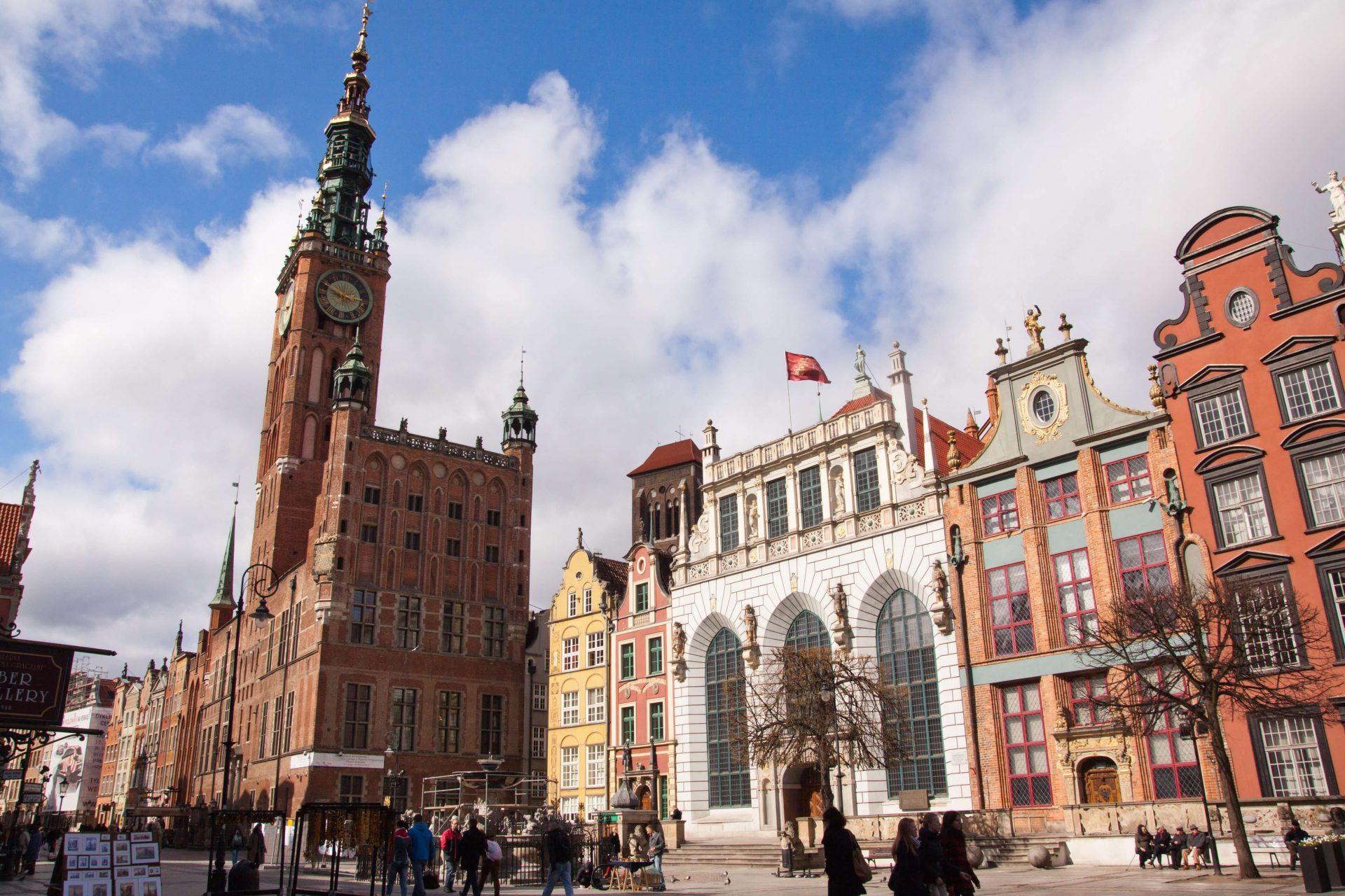 Gdanska-radnica-polsko