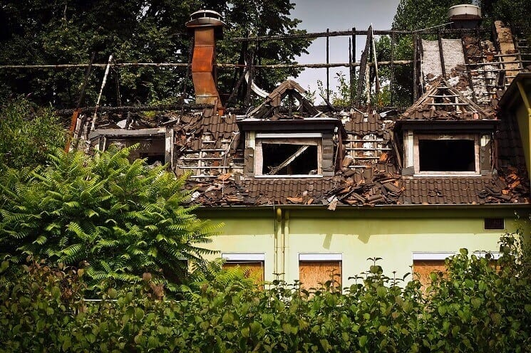 Príbeh zo života: Ako sa šetrenie na strechárovi nemusí vyplatiť
