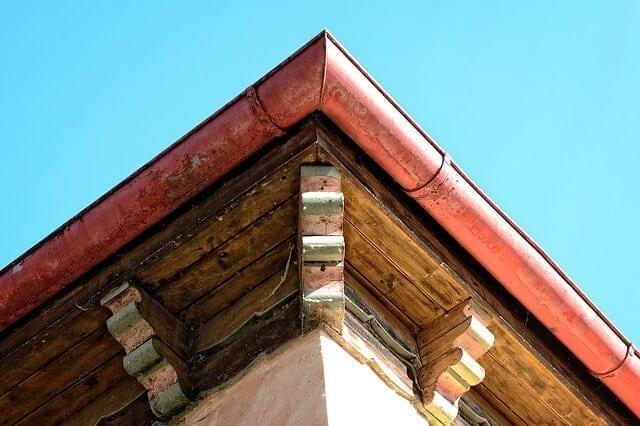 odkvap-roh-strechy-podhlad-montaz-odkvapovych-systemov-ako