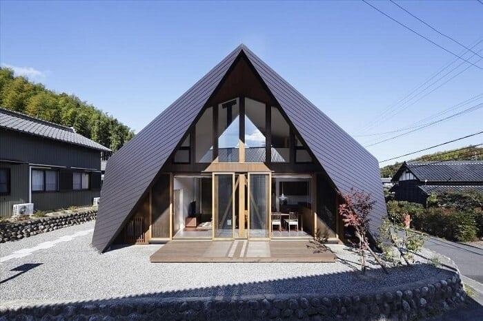 tvarovo-zlozita-strecha-sklon-strechy