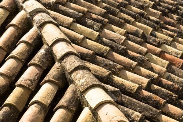 stara-strecha-reklamacia-strechy-ako-postupovat