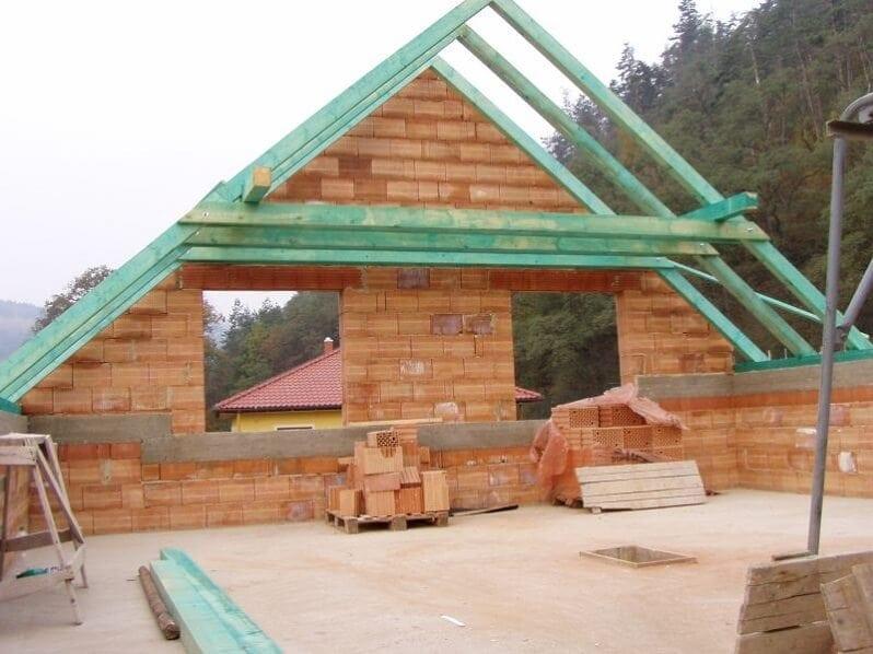 morene-rezivo-krov-drevo-stavba-domu-imregnacia-dreva
