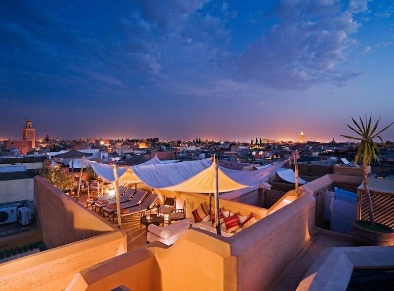 marakes-Casablanca-romanticka-restauracia-marakes-orient-na-streche