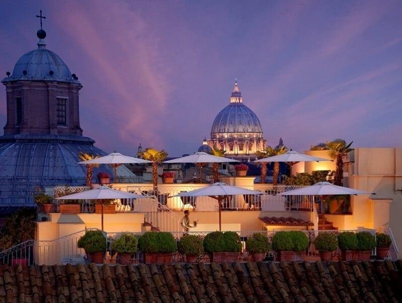 Terrazza-Barmante-Hotel-Rafael-rim-taliansko-stresna-restauracia-vyhlad-na-vatikan