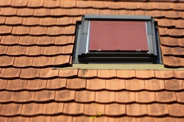 vikiere-verzus-stresne-okna