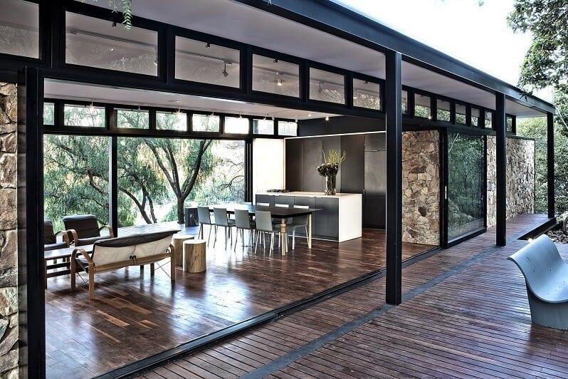 terasa-zahradna-bar-drevena-podlaha-v-exterieri-a-interieri