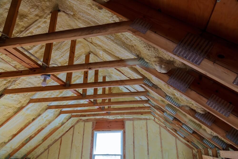 Chyby pri zateplení šikmej strechy