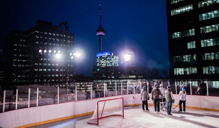 toronto-strecha-hokejovy-stadion