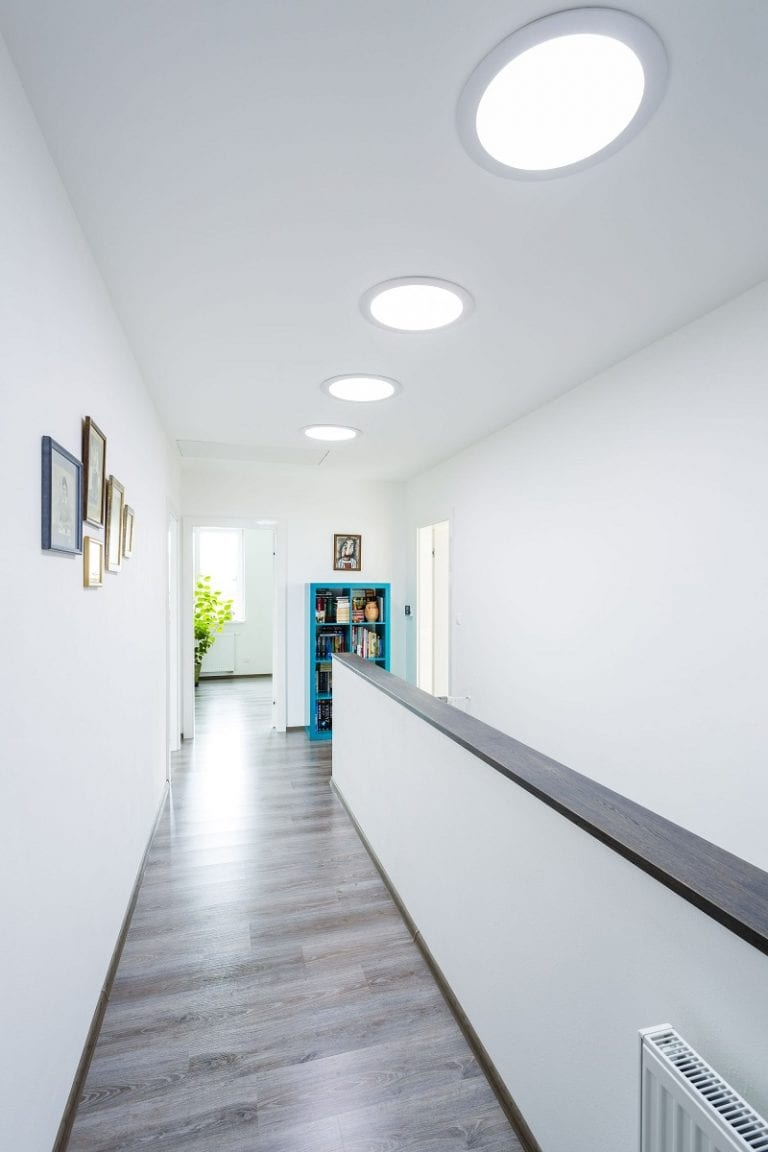 svetlovod-interier