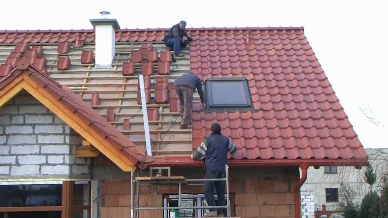 svojpomocna-stavba-strecha