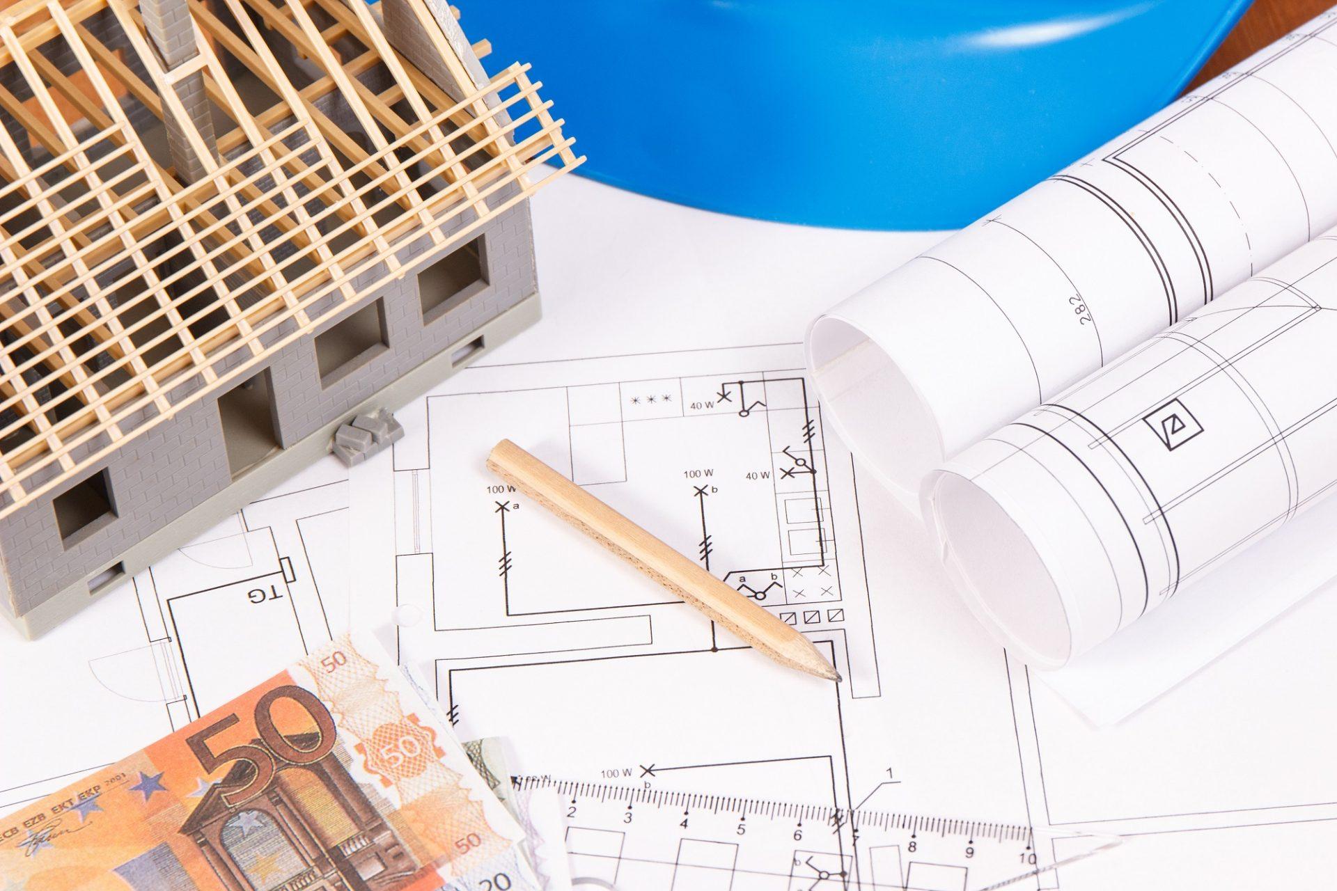 Odhadovaná cena strechy v projekte vs realita